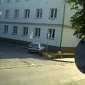 widok na ulicę z małego pokoju #ulica