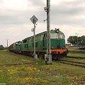 SU45-170 + SM42-710 ze składem towarowym na stacji Brodnica #SU45 #SM42 #PKP #Kolej #Pociąg #Brodnica #towarowy #wagon #lokomotywa