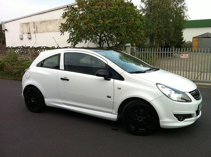 vauxall opel corsa d 3d opc line side skirts primed ebay. Black Bedroom Furniture Sets. Home Design Ideas