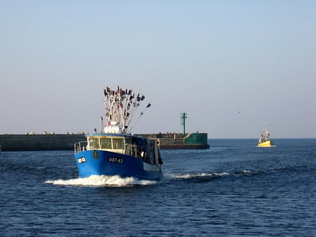 #Ustka #morze #porty #falochron #łodzierybackie