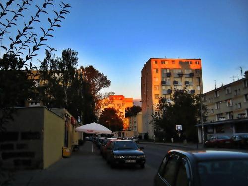 Chwila przed zzmierzchem #ulica #budynki